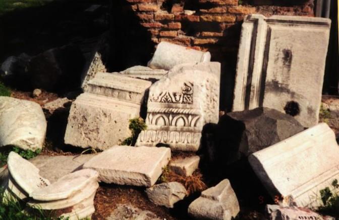 Roman Bits in the Forum